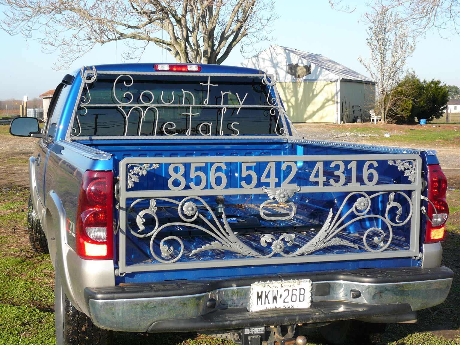 recipe: custom truck tailgate [11]
